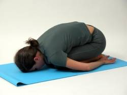 yoga fortgeschrittene hinweise zum kopfstand. Black Bedroom Furniture Sets. Home Design Ideas