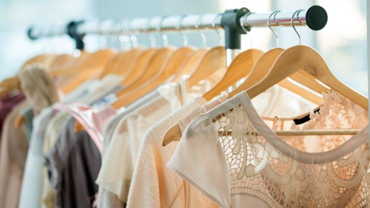 Neurodermitis: Kleidung aus Baumwolle oder Seide reizen die Haut nicht