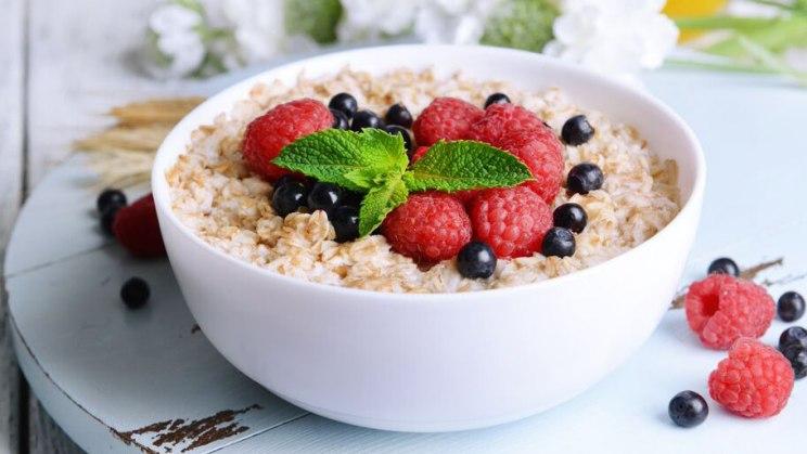 Schwangerschaft - Obst und Nüsse liefern wertvolle Nährstoffe