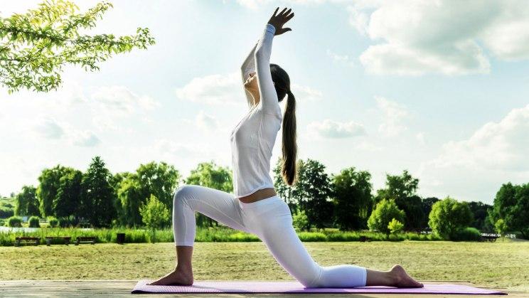 Yoga ist beliebt unter Männern und Frauen