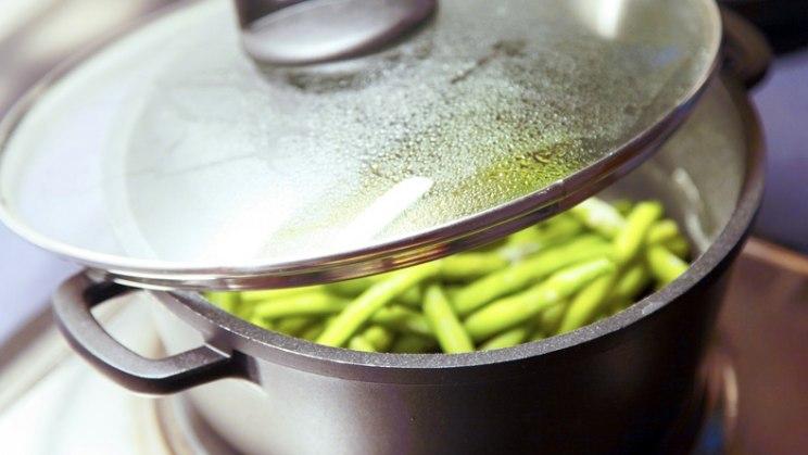 Kochtopf mit Bohnen: Gemüse schonend zubereiten und genießen!