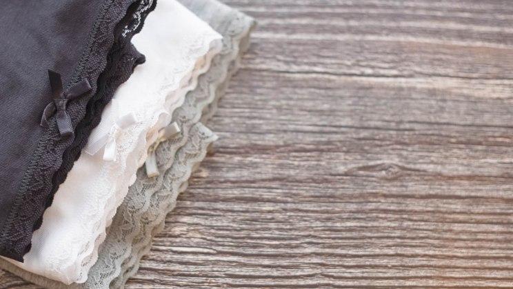 Baumwollunterwäsche kann Scheidenpilz vorbeugen.
