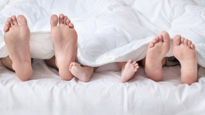 Kind stört Eltern beim Sex