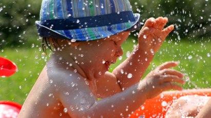 Schon die Kleinsten lieben das Wasser