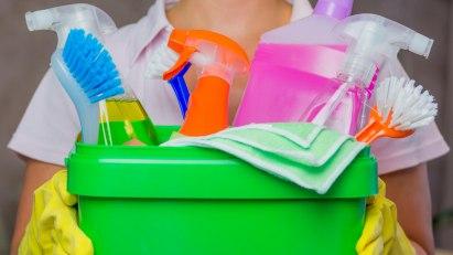 Kontakallergien haben verschiedene Ursachen, wie z.B. Konservierungsstoffe in Reinigungsmitteln