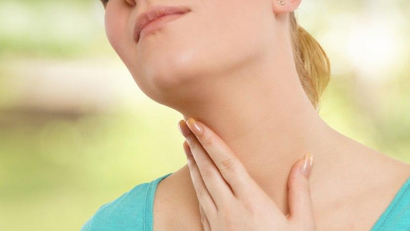 Auch der Hals wirft bei vielen Falten